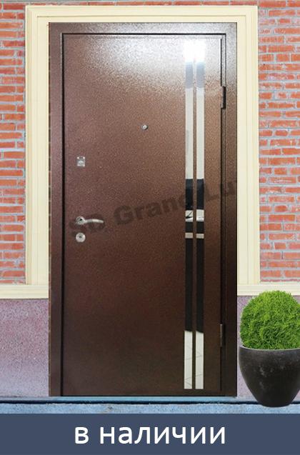 стальная дверь для коттеджа с зеркальным покрытием